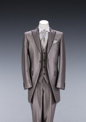 Dスーツ01